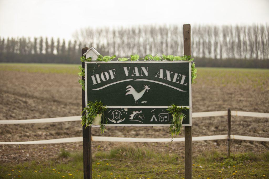 Contact-Hof-Van-Axel-Zorgboerderij-Zeeuws-Vlaanderen-Zeeland