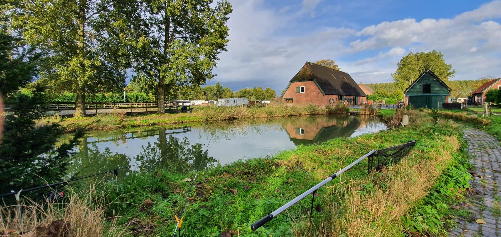 Rust-ruimte-vijfer-boerderij-zorgboerderij-Hof-van-Axel